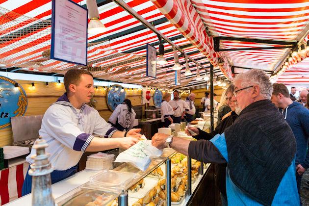 Fischmarkt Hamburg öffnungszeiten : hamburger fischmarkt in m nchen 2018 ~ Eleganceandgraceweddings.com Haus und Dekorationen